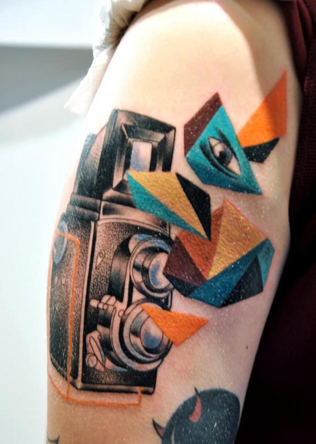 mariusz trubisz camera tattoo