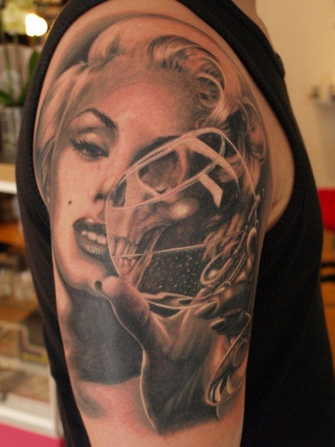 Arm Marilyn Monroe tattoo