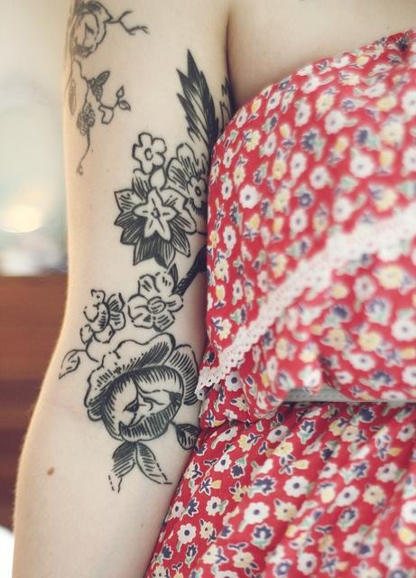 Cute flowers black tattoo