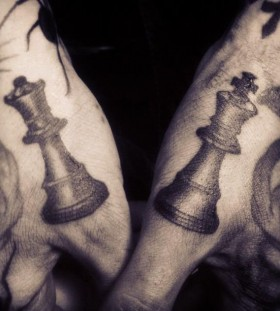 Fingers chess tattoo