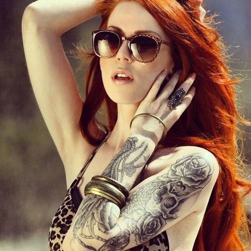 Model woman tattoo
