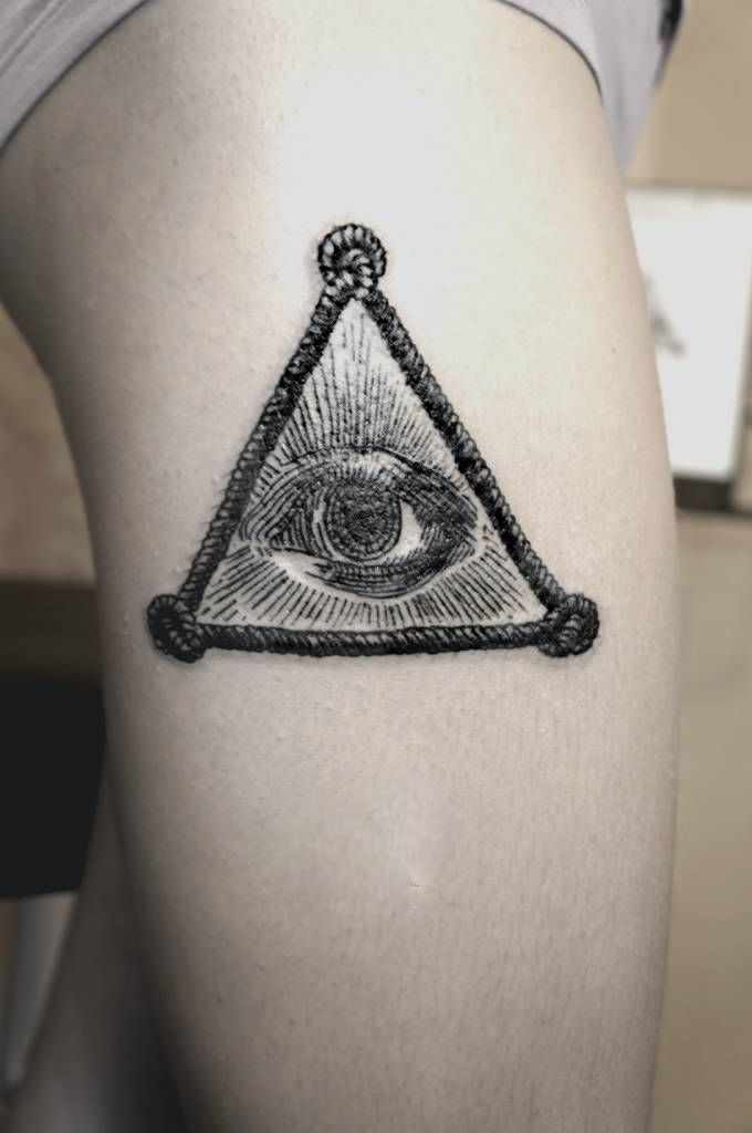 SV.A tattoo all seeing eye of god