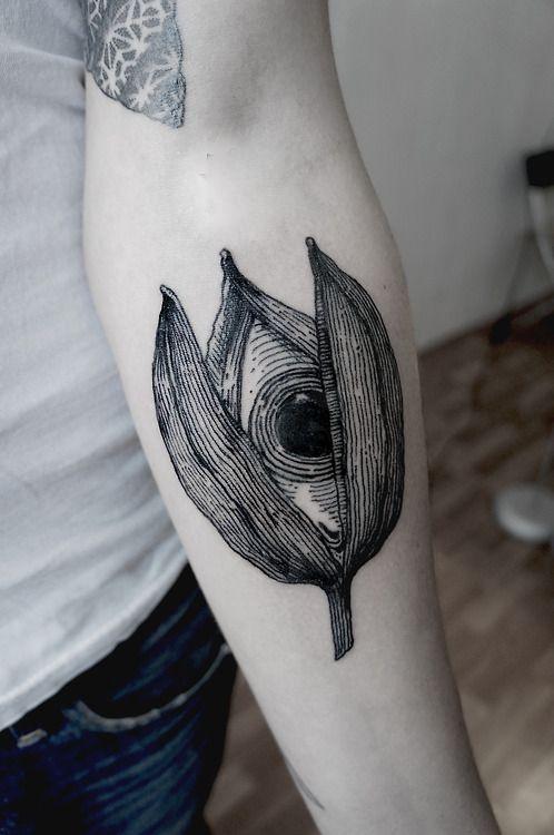 SV.A tattoo bud