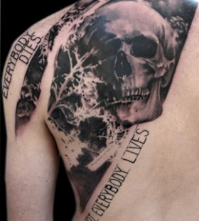 Skull tattoo by Volko Merschky