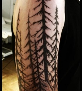 Tree tattoo by Meathshop