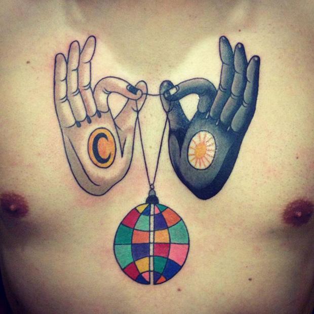aivaras lee tattoo hands
