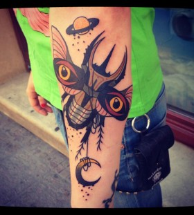 aivaras lee tattoo huge insect