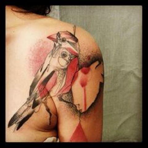 marta lipinski bird shoulder tattoo