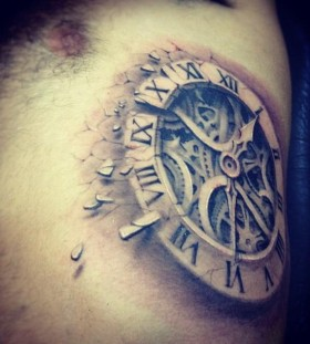 Amaizing clock tattoo