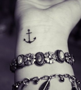 Anchor small tattoo