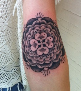 Black and white ornaments tattoo by Gemma Pariente