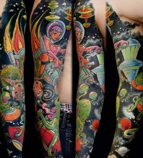Comics alien tattoo
