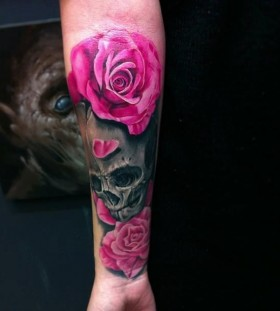 Rose tattoo fashion skull design