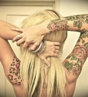 Woman leopard tattoo