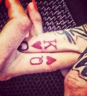 finger tattoo king and queen