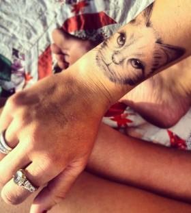 hand tattoo cat