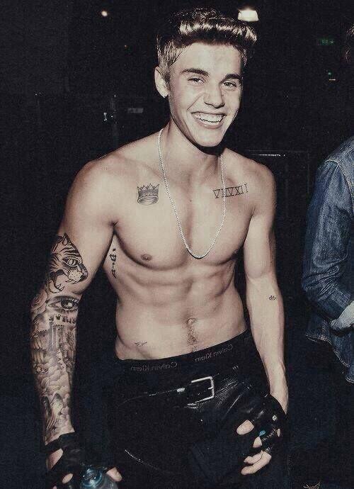 justin bieber tattoo smiling