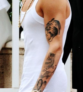 justin bieber tattoo white shirt