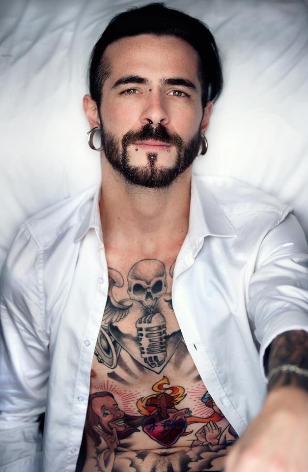 Männer mit tattoos kennenlernen
