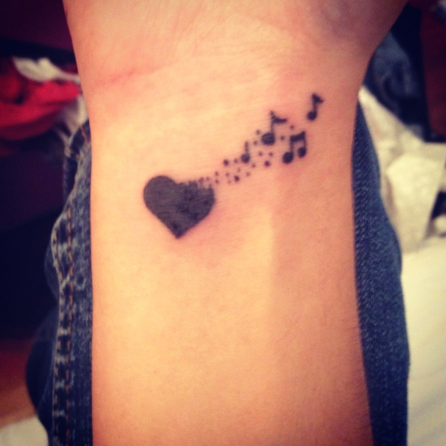 music tattoos heart loves music