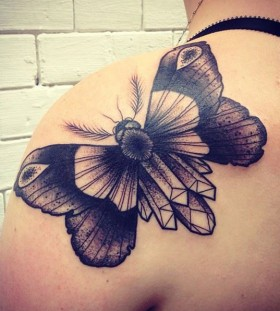 shoulder tattoo diamond