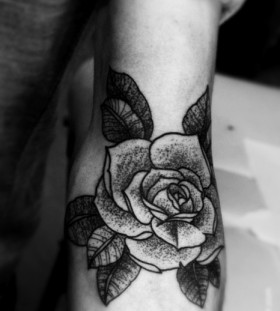 stippled Rose tattoo