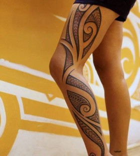 tribal tattoo for girl on leg