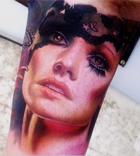 Amaizing woman tattoo