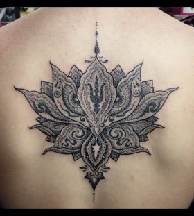 Back tattoo by Miah Waska