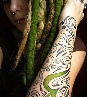Beautiful green tattoo