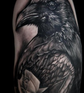Black bird tattoo by Seunghyun JO aka Potter