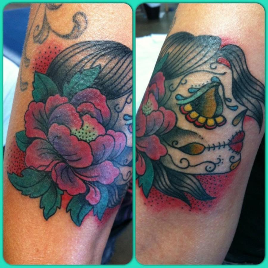 Colorful tattoo by Hania Sobieski