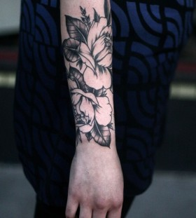 Cute tattoo by Alice Carrier