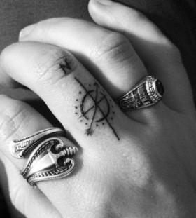 Fingers minimalistic style tattoo