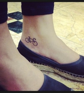 Foot bike tattoo