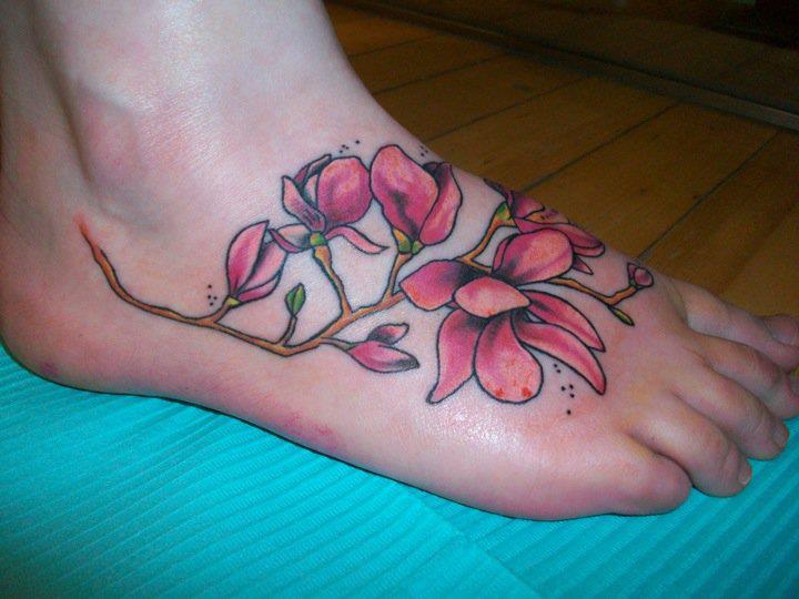 Foot tattoo by Hania Sobieski
