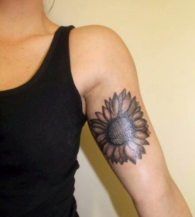 Hand sunflower tattoo