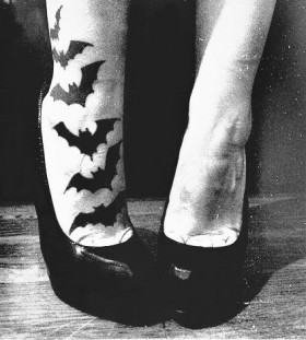 Lovely leg halloween tatoo