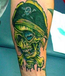 Pirate cranial on the hand