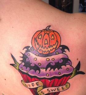 Simple halloween tatoo