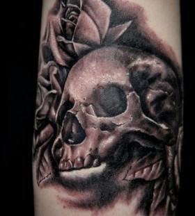 Skull tattoo by Seunghyun JO aka Potter