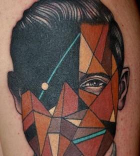 geometric face tatoo