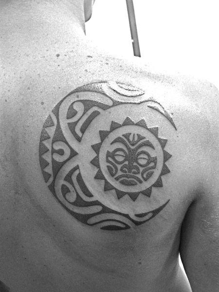 moon-tattoo-tribal
