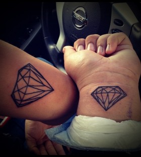 outline pair diamond