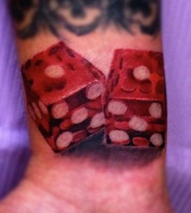 red color dice
