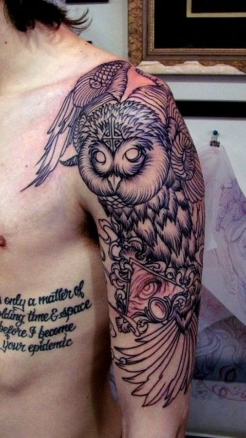 Awesome shoulder owl tattoo