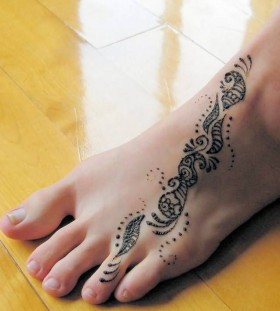 Foot dragon tattoo