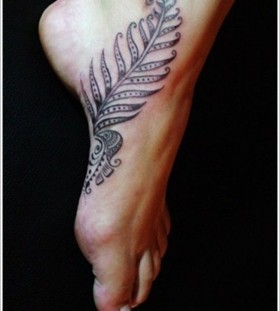 Foot leaf tattoo