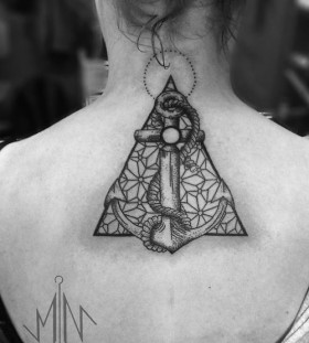 Geometric girl's tattoo made by Berlin artist