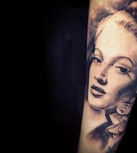Lana Turner famous people portrait tattoo